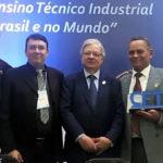 Homenagens marcam noite de abertura do I Seminário Internacional dos Técnicos Industriais